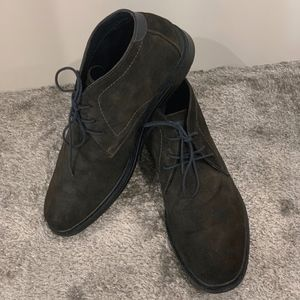 Unlisted Shoes - Unlisted Gray and Navy Suede Short Boots